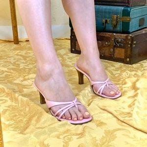 Bubblegum POP! strappy sandals